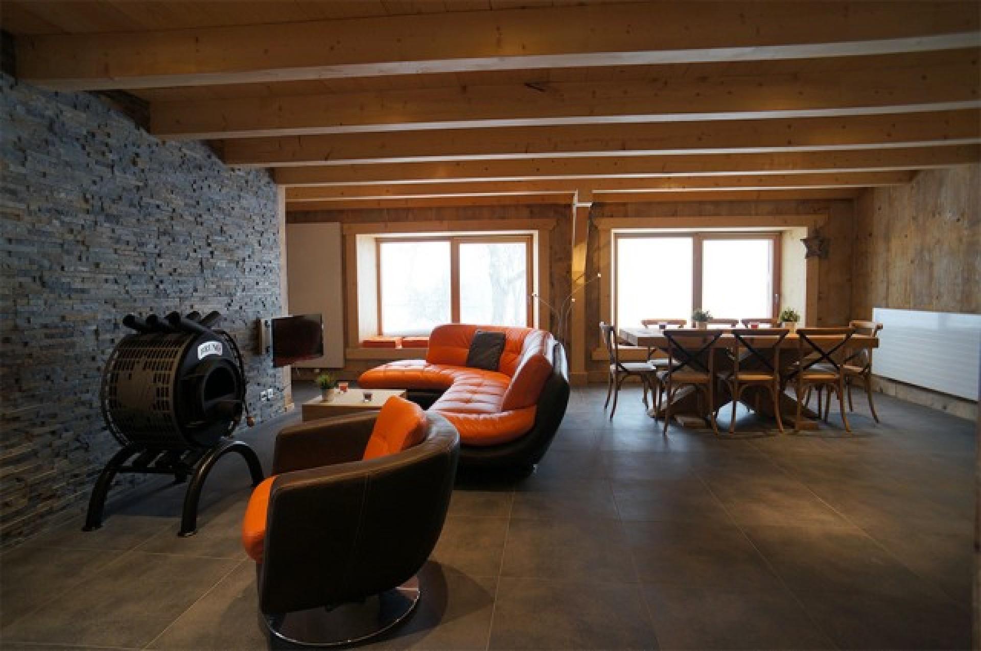 la loge du tremplin en image. Black Bedroom Furniture Sets. Home Design Ideas